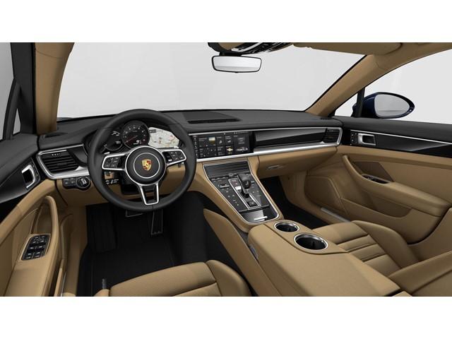 New 2019 Porsche Panamera 4